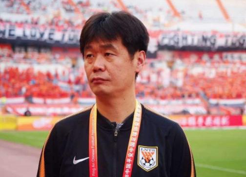 极端球迷向纪委举报李霄鹏,媒体人:十大外围app