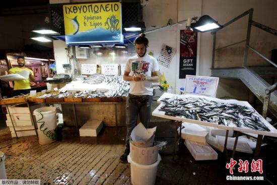 希腊失业率持续走高引发担忧 失业人数已超80万