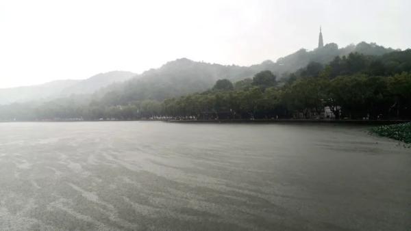 刚刚,杭州官宣入秋!气温即将跌破20℃