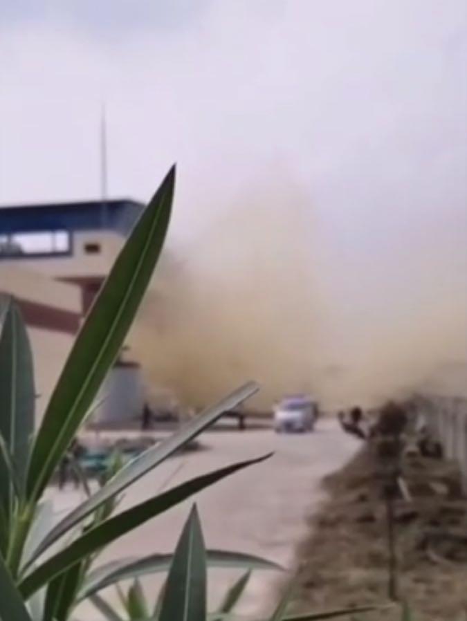 湖北天门市一化工厂爆炸,已致5死1伤