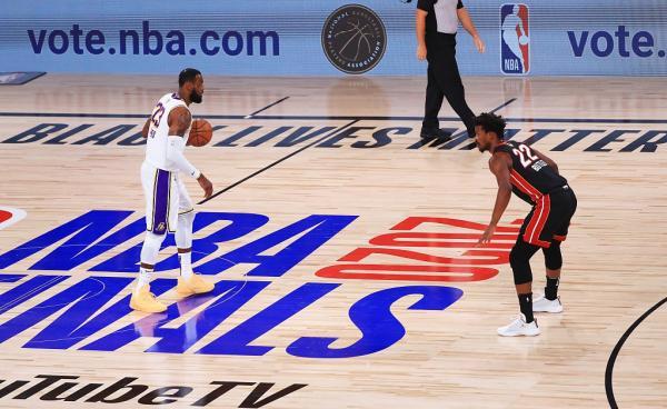 十年后再夺冠!湖人击败热火,总比分4-2拿下NBA总冠军