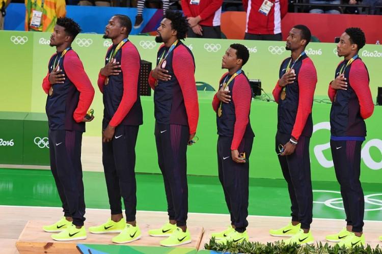 巴西媒體:六位美國男籃隊員奧運時逛妓院,事後有女孩請假一星期,還表示驚訝Butler的私處!-黑特籃球-NBA新聞影音圖片分享社區