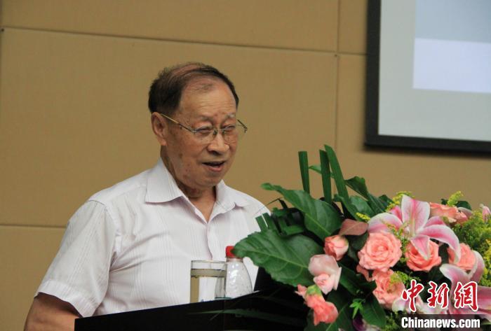 东北大学教授闻邦椿:90岁院士完成100部著作
