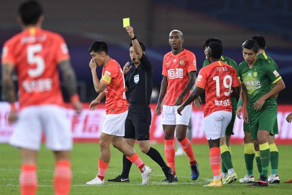 足球丨中超:北京中赫国安战平广州恒大淘宝