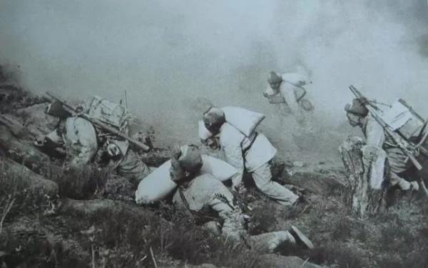 志愿军老战士尝到现在的军粮,一句话引人泪目