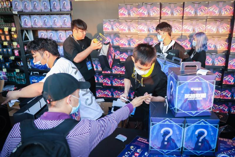 中韩决战2020英雄联盟全球总决赛,韩国DWG3:1战胜中国SN战队