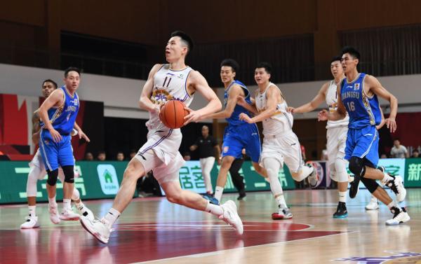 篮球 CBA第一阶段:北京紫禁勇士胜苏州肯帝亚