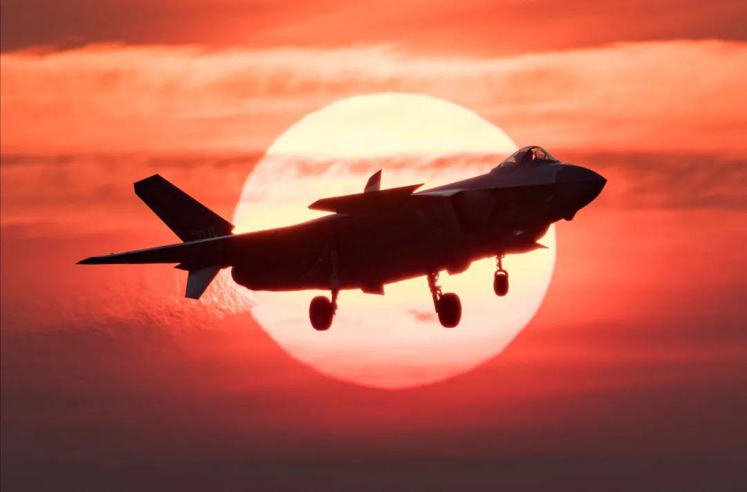 11月11日!人民空军生日快乐