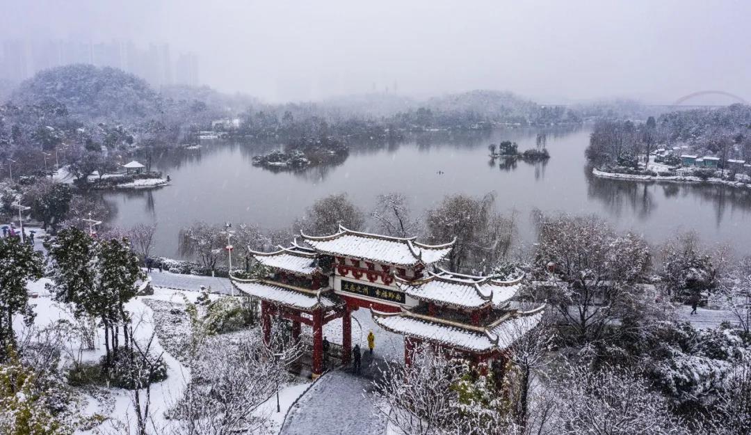 今日小雪,天将寒,宜有氧运动食温补性食物
