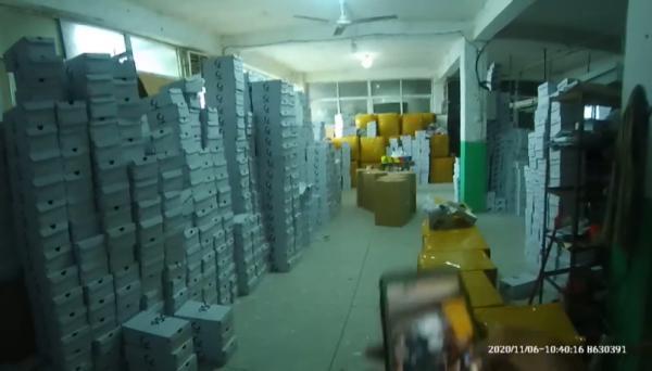 上海警方侦破假冒名牌运动鞋案!涉案金额达1.2亿元