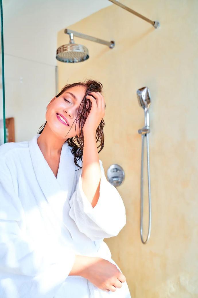 冬天多久洗一次澡好?原来,你的身体喜欢这种频率