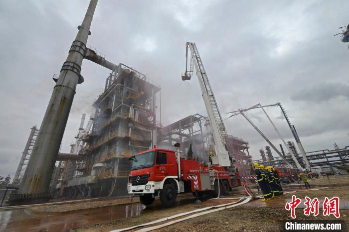 福建泉港开展危险化学品生产安全事故综合应急演练