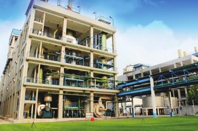 奋力打造世界领先的催化剂公司