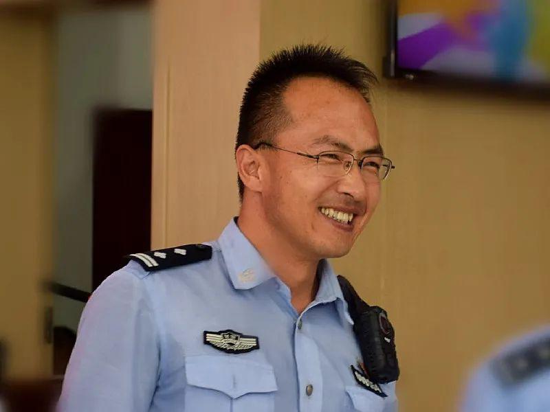 【 你好,警察节】笑脸相迎我们的节日