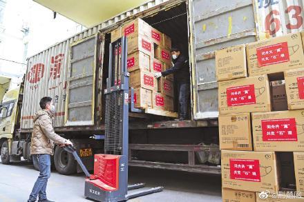 湖北向河北捐赠防护物资及救治设备