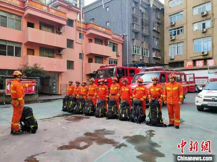 云南盐津发生4.7地震 救援力量赶赴灾区