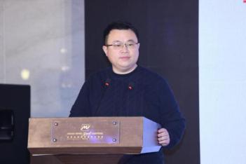 """《专家意见》刘:""""十四五""""计划与中国经济增长的结构性机遇"""