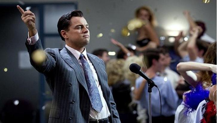 """300万美国散户懵了!华尔街疯狂""""复仇"""":删代码、拔网线!股价17次熔断!白宫、SEC关注,亿万富翁坐不住了"""