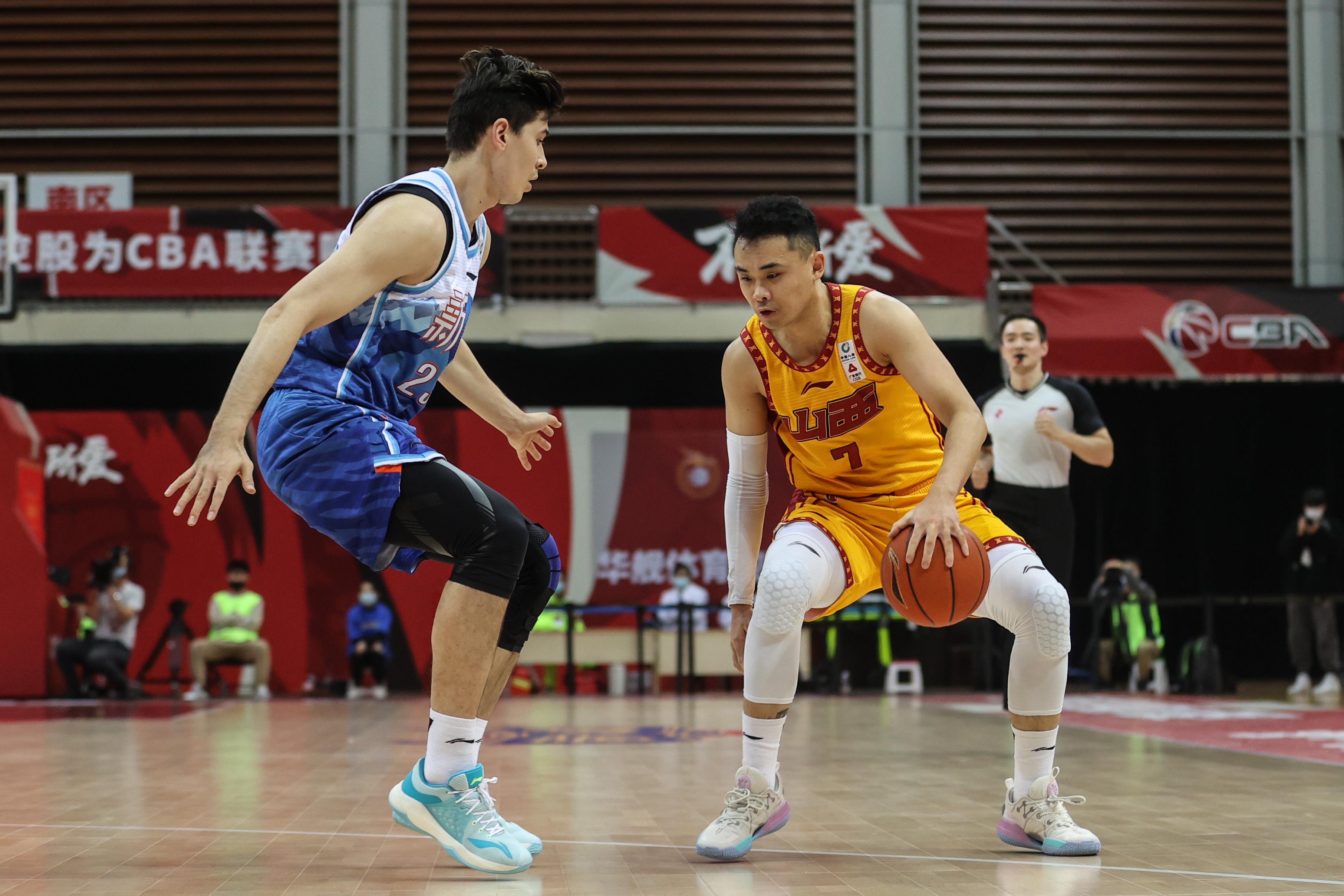 篮球——CBA第二阶段:山西汾酒股份不敌新疆伊力特