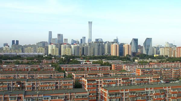 姚洋:看看今天中国的成绩单,别再污名化4万亿了