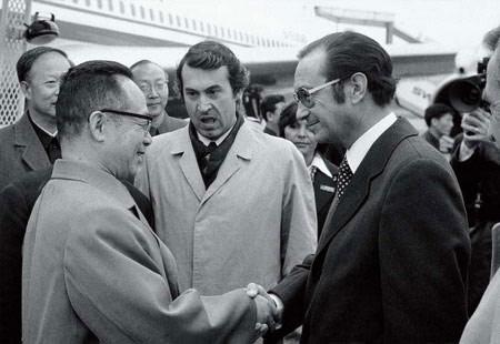"""中国奇迹的系统""""密码""""(7)∣为什么十一届三中全会的最高领导人要密集地访问"""