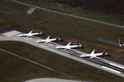"""IATA:航空业继续""""烧钱""""迫在眉睫"""