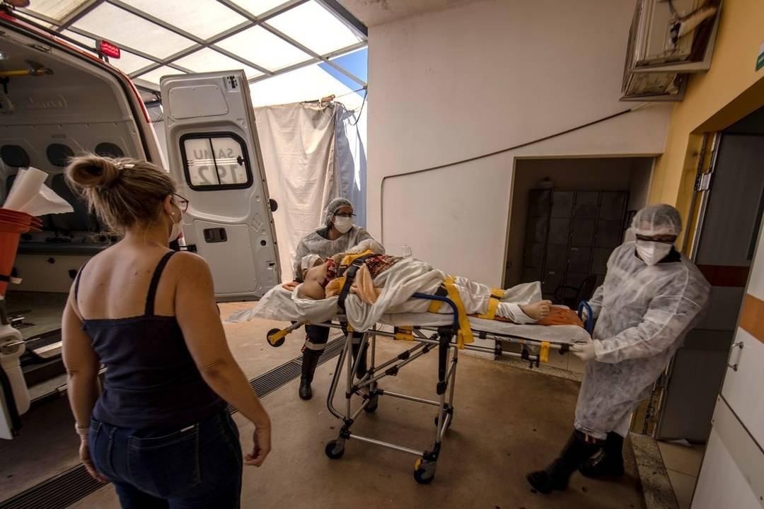 国际观察 变异毒株危机!第二波新冠疫情肆虐巴西,医院处于崩溃边缘