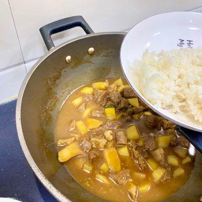 咖喱土豆牛腩饭(香浓简易版)舌尖上的养生美食 美食做法 第11张