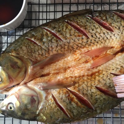 怎样用烤箱烤鱼(烤箱版的家庭香辣烤鱼最过瘾的吃法) 个人心得 第5张
