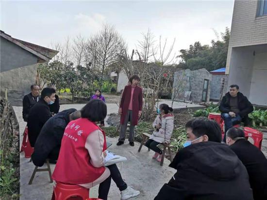 仁寿县方家镇网格员 用心用情调解群众边界纠纷