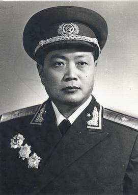 学党史 | 开国将军陳仁洪革命故事
