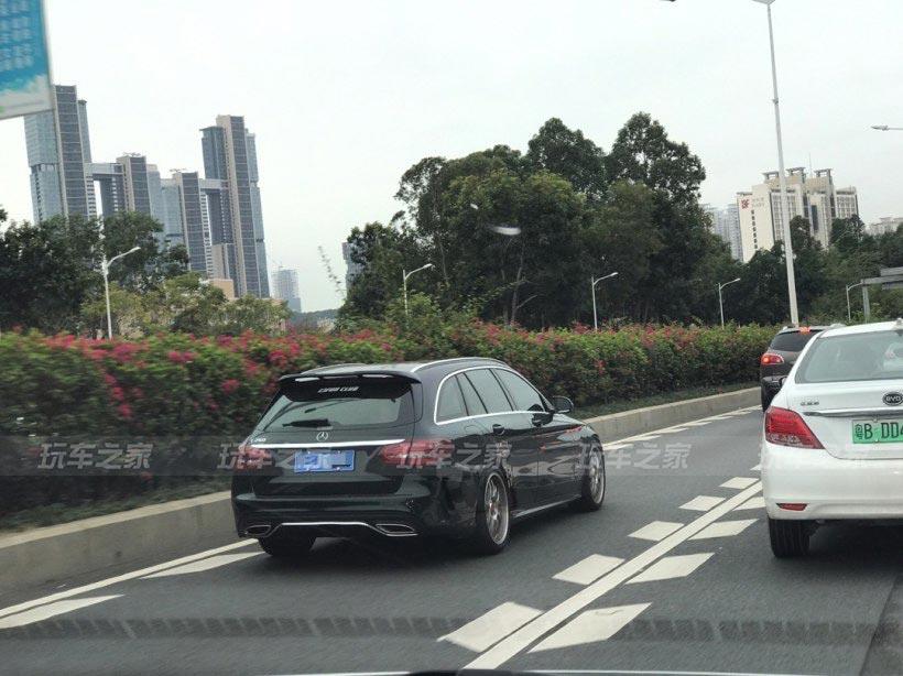 奔驰C260旅行版轻度改装案例 祖母绿车漆