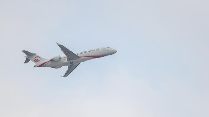 """民航局:国际客运航班""""熔断措施""""调整,5月1日起试行"""