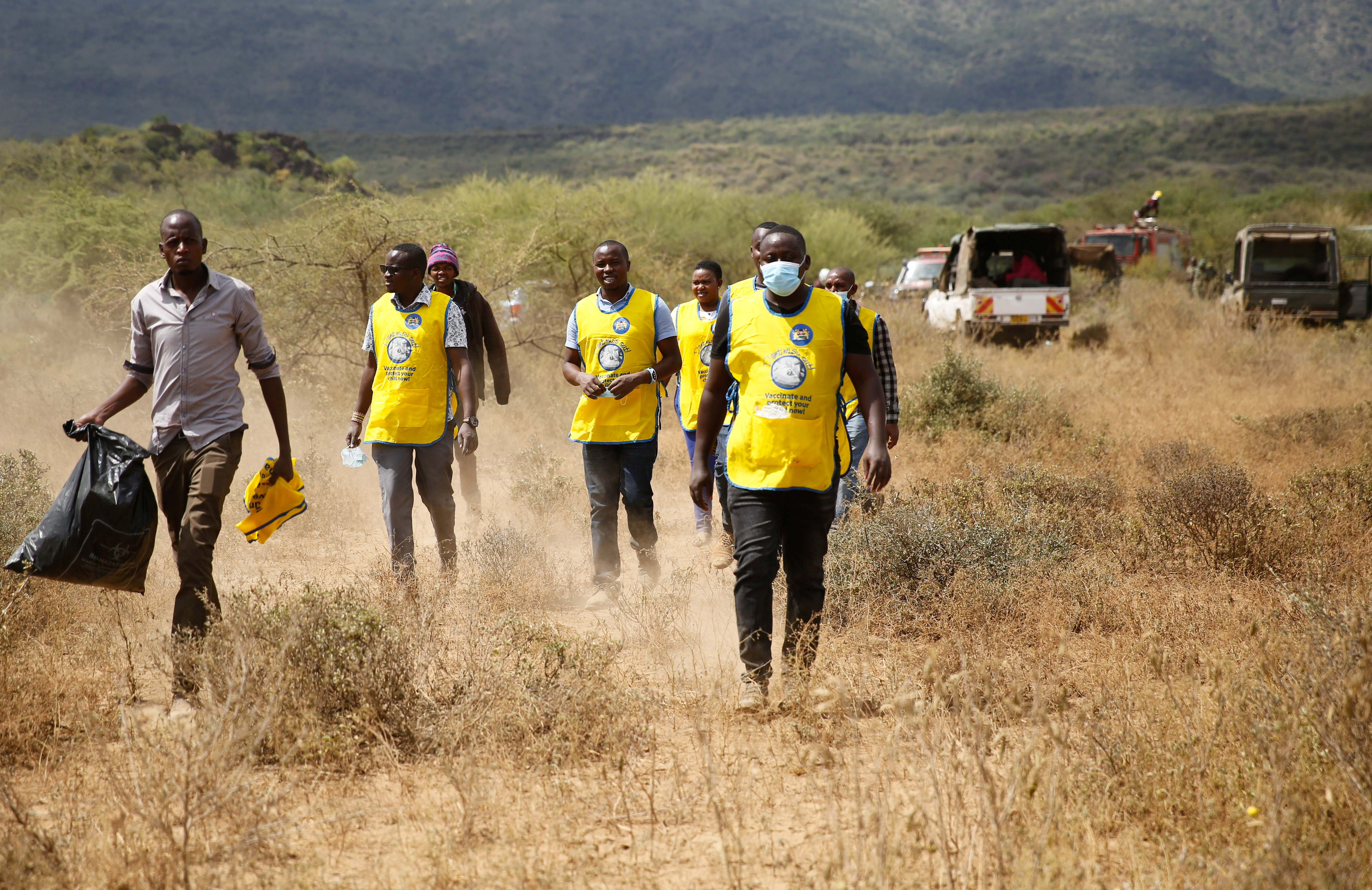 肯尼亚一军用直升机坠毁 至少10名士兵死亡
