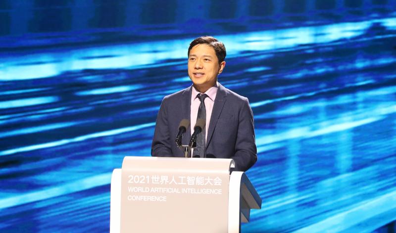 李彦宏:百度最新智能汽车快速研发中,2-3年内面世