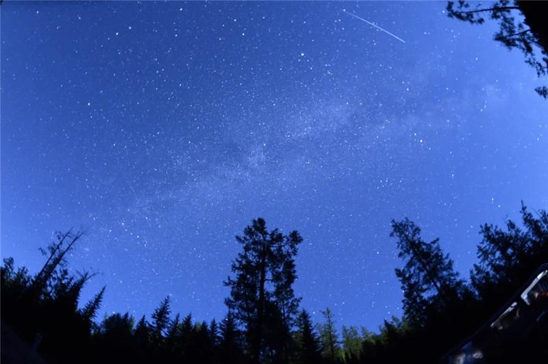 9月迎来多部天象大片 流星雨 星月童话 中秋月十五圆 你期待吗?