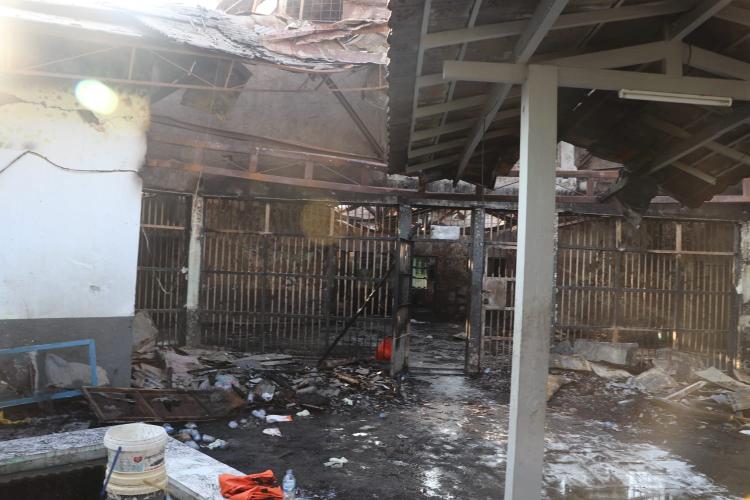 印度尼西亚监狱发生火灾 至少41人丧生