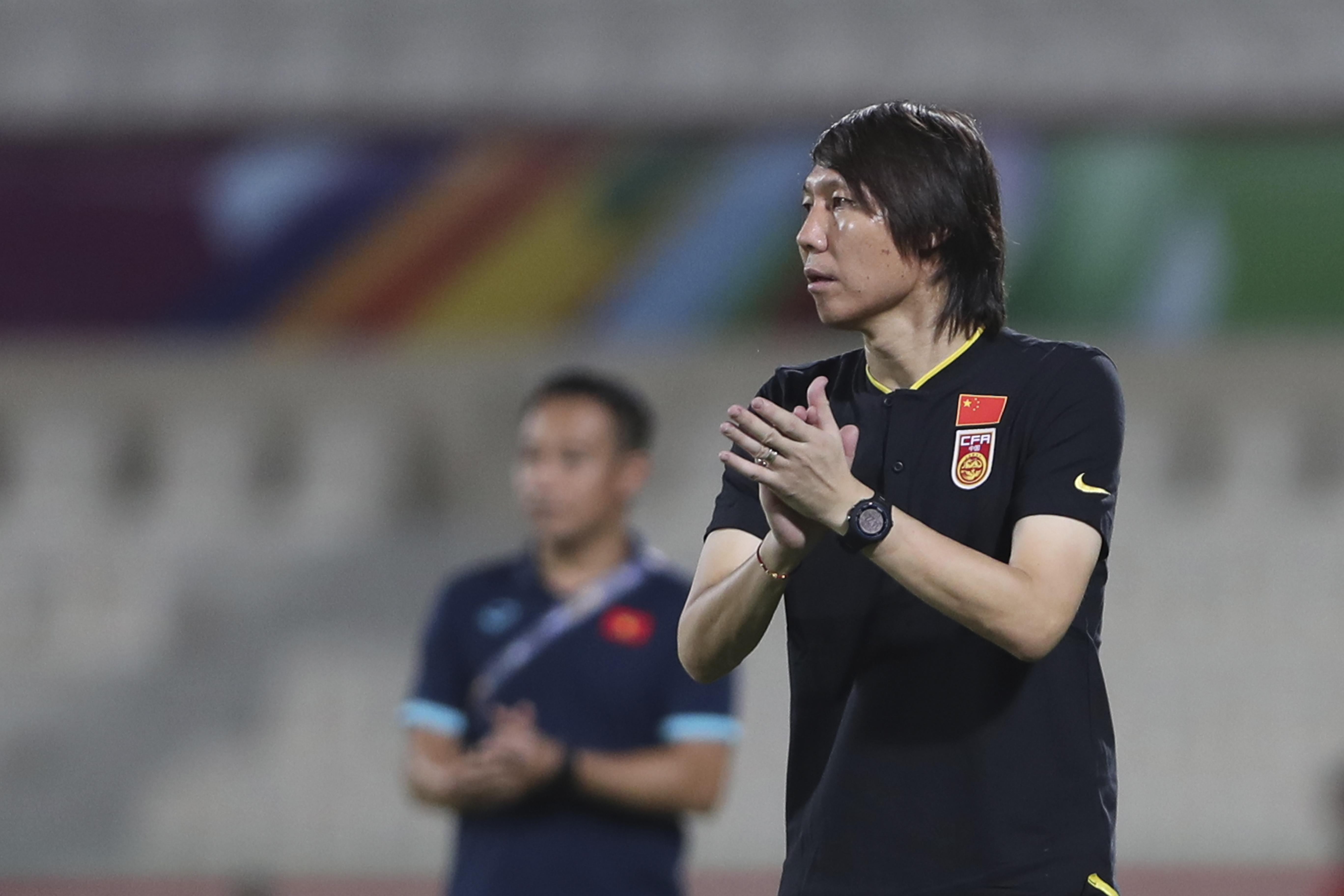 范志毅的气话没成真!国足3-2绝杀越南,武磊补时进球