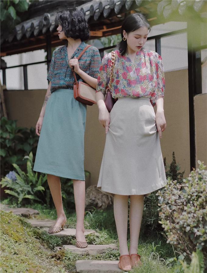 时尚是个轮回,港味复古风来袭,和闺蜜一起穿,梦回80年代