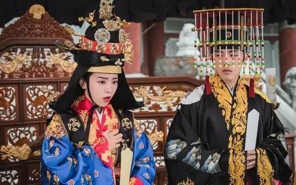《哲仁王后》两集收视打败《金秘书》,改编中国电视剧被批辱韩