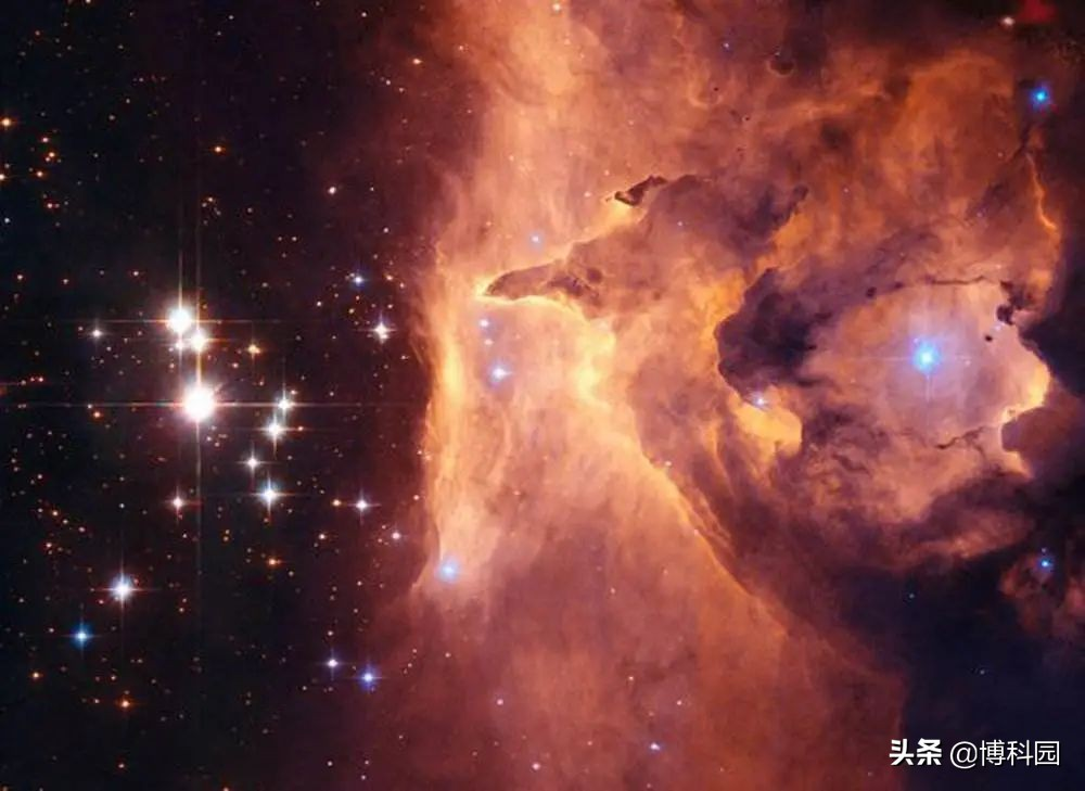 超一万亿倍太阳光度,最极端的星暴,都在数亿立方光年内发现了