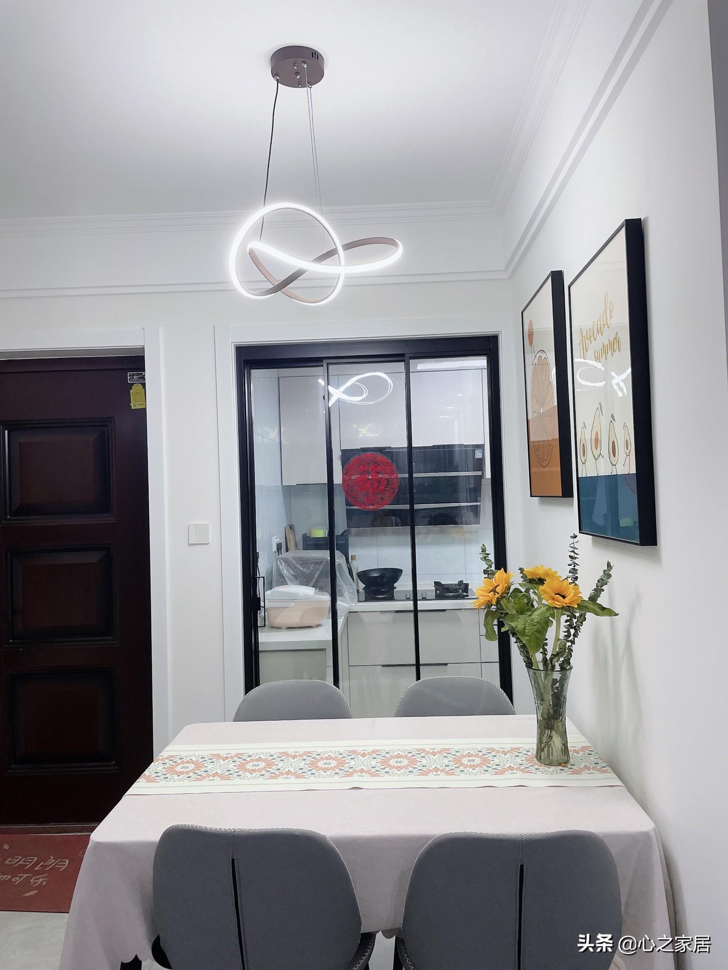 70㎡的房子简约实用的装修,平平无奇又别具一格,普通中凸显别致