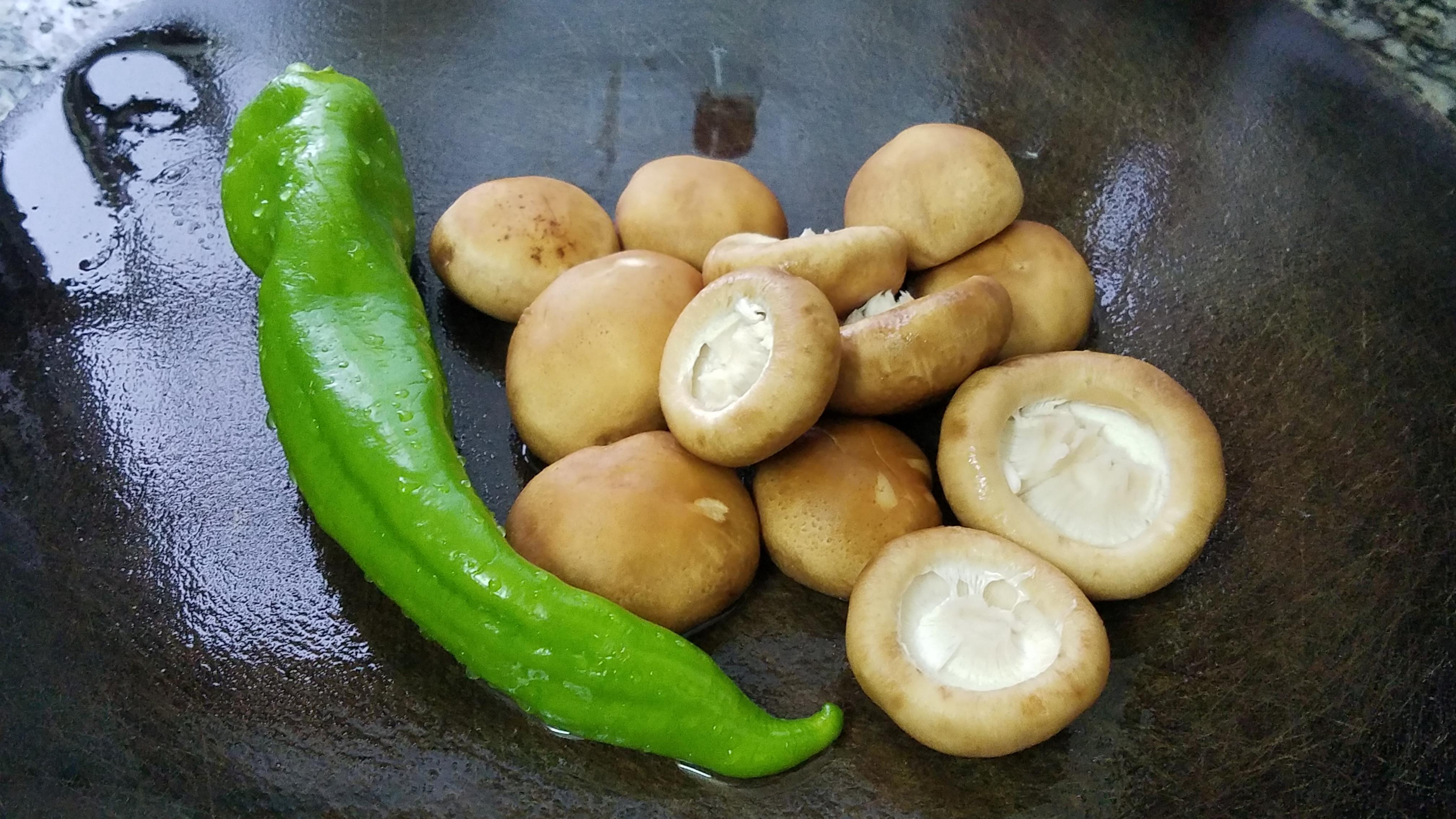 香菇的家常做法,鲜香美味又营养,家里人很喜欢吃的一道家常菜