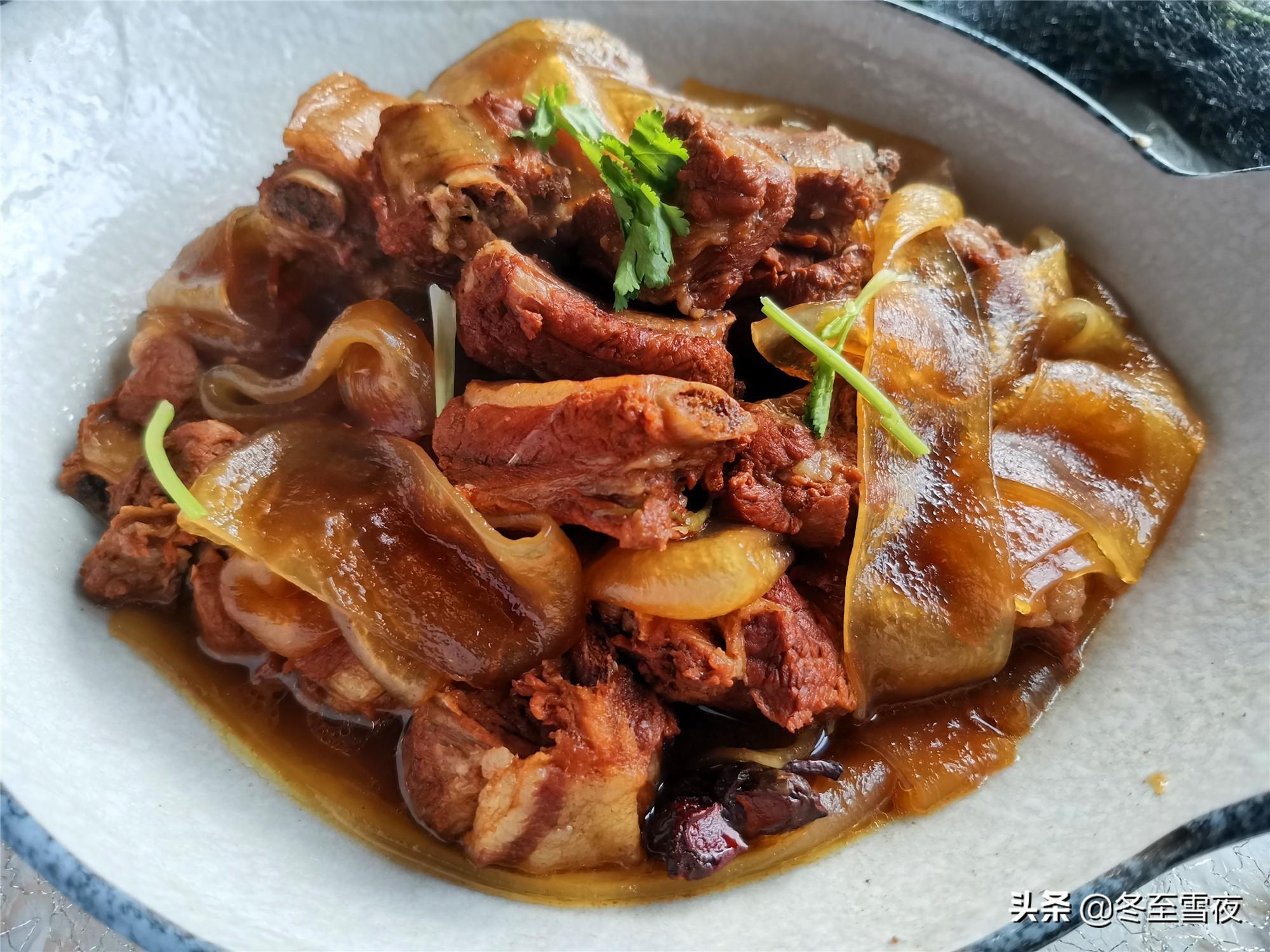 2021年夜饭菜单,东北传统风味的16个菜,都是下酒下饭硬菜 东北菜谱 第4张