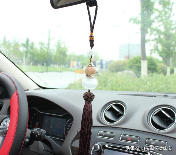 """为什么好多人在车里挂个葫芦?不光是装饰,还有这个""""作用"""""""