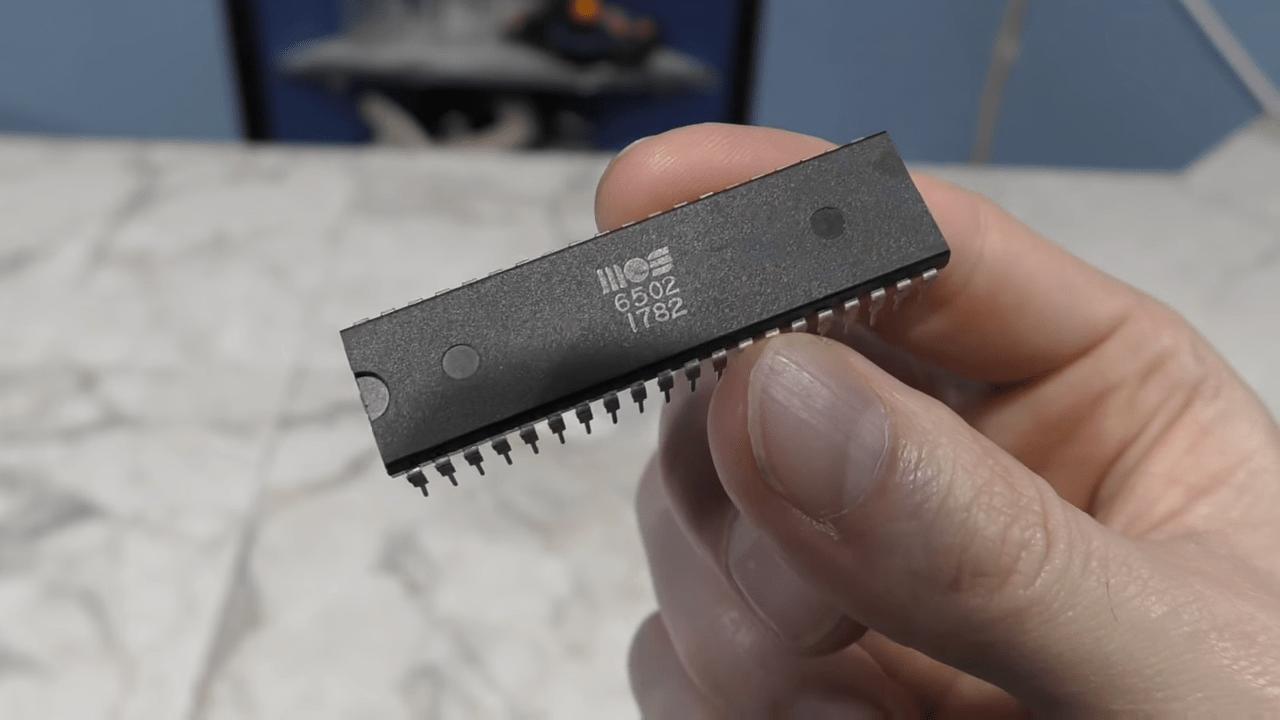 据说乔布斯,靠一块芯片成功!这是真的吗?