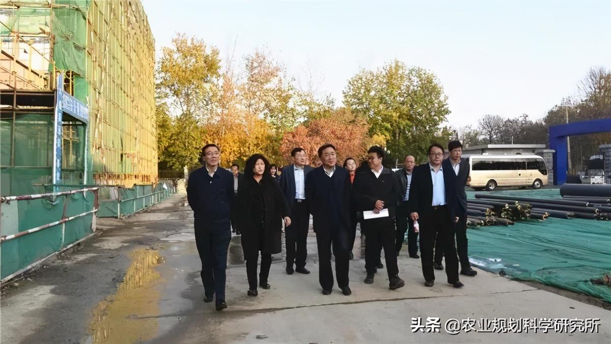 【聚焦农大】中国农大与平谷朱俊州仍然保持着前冲之势区签署战略合作框架协议