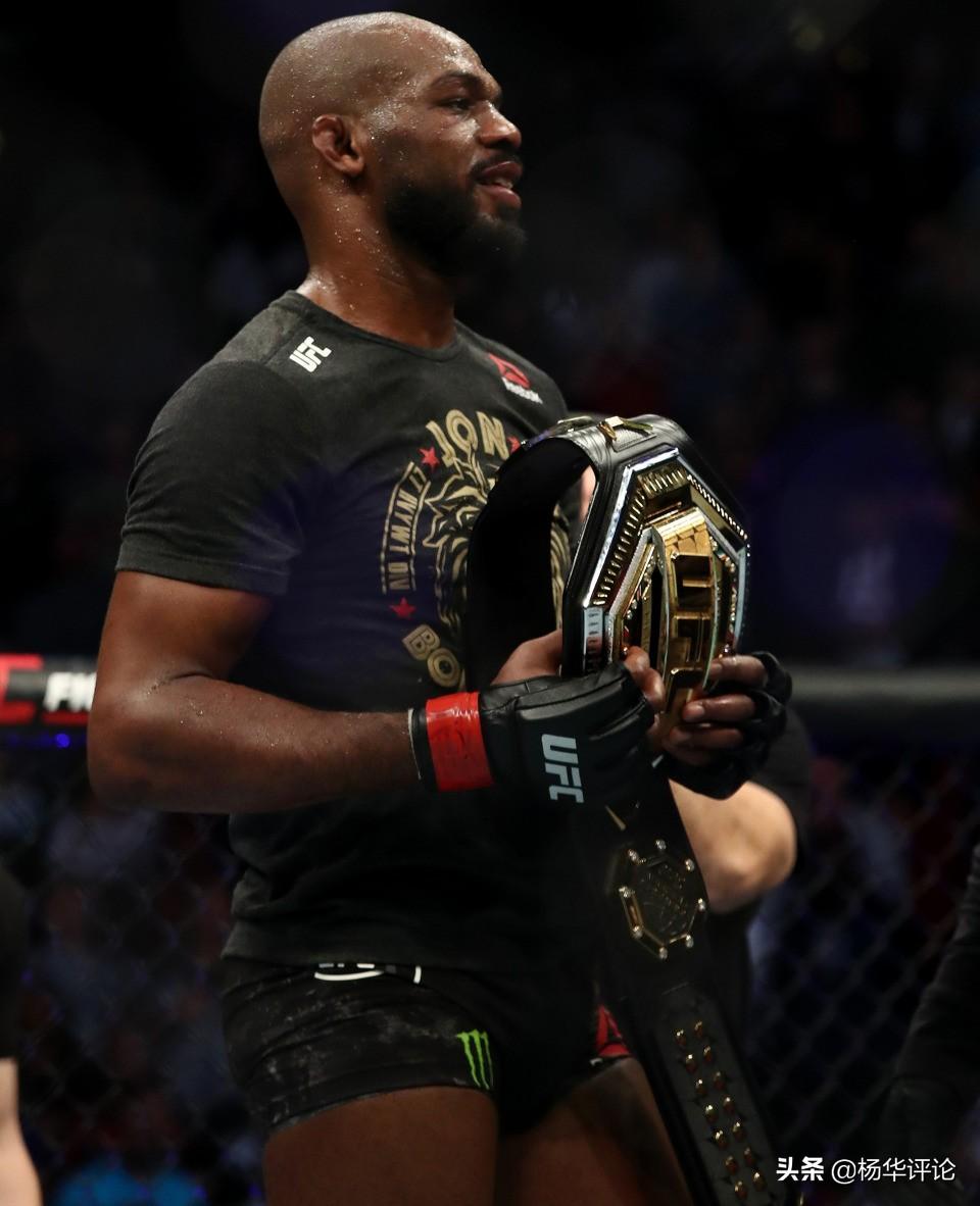 UFC最新P4P世界排名:骨头居首嘴炮第15,小鹰被踢出榜单