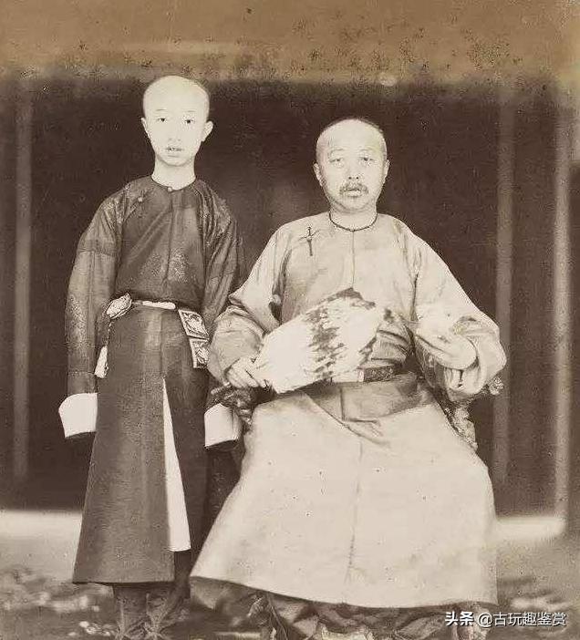外国狗仔队偷拍了一张光绪的照片,竟然保存了下来