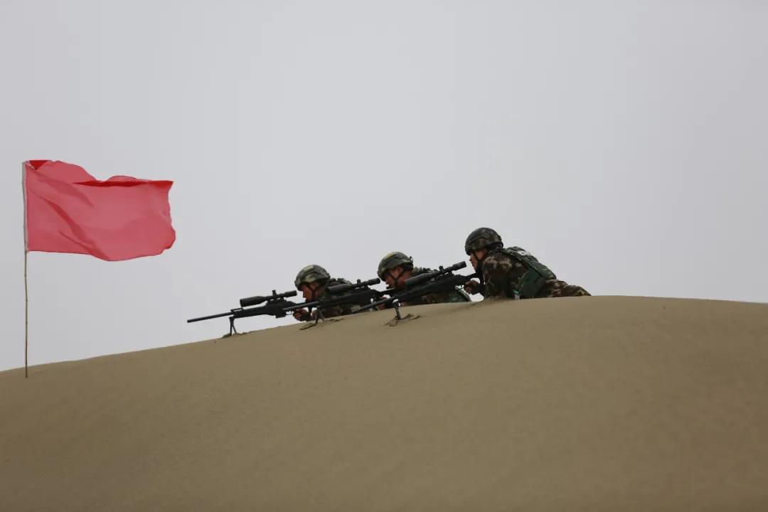 武警<a href=http://www.cngansu.cn/ target=_blank class=infotextkey>甘肃</a>总队酒泉支队:沙场点兵 戈壁淬火铸利剑